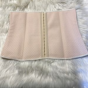 ❤️ New cute and comfy Belly Wrap shapewear